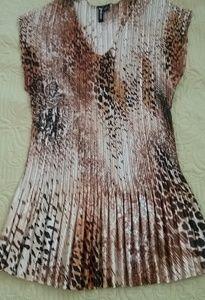 Gold leopard print top